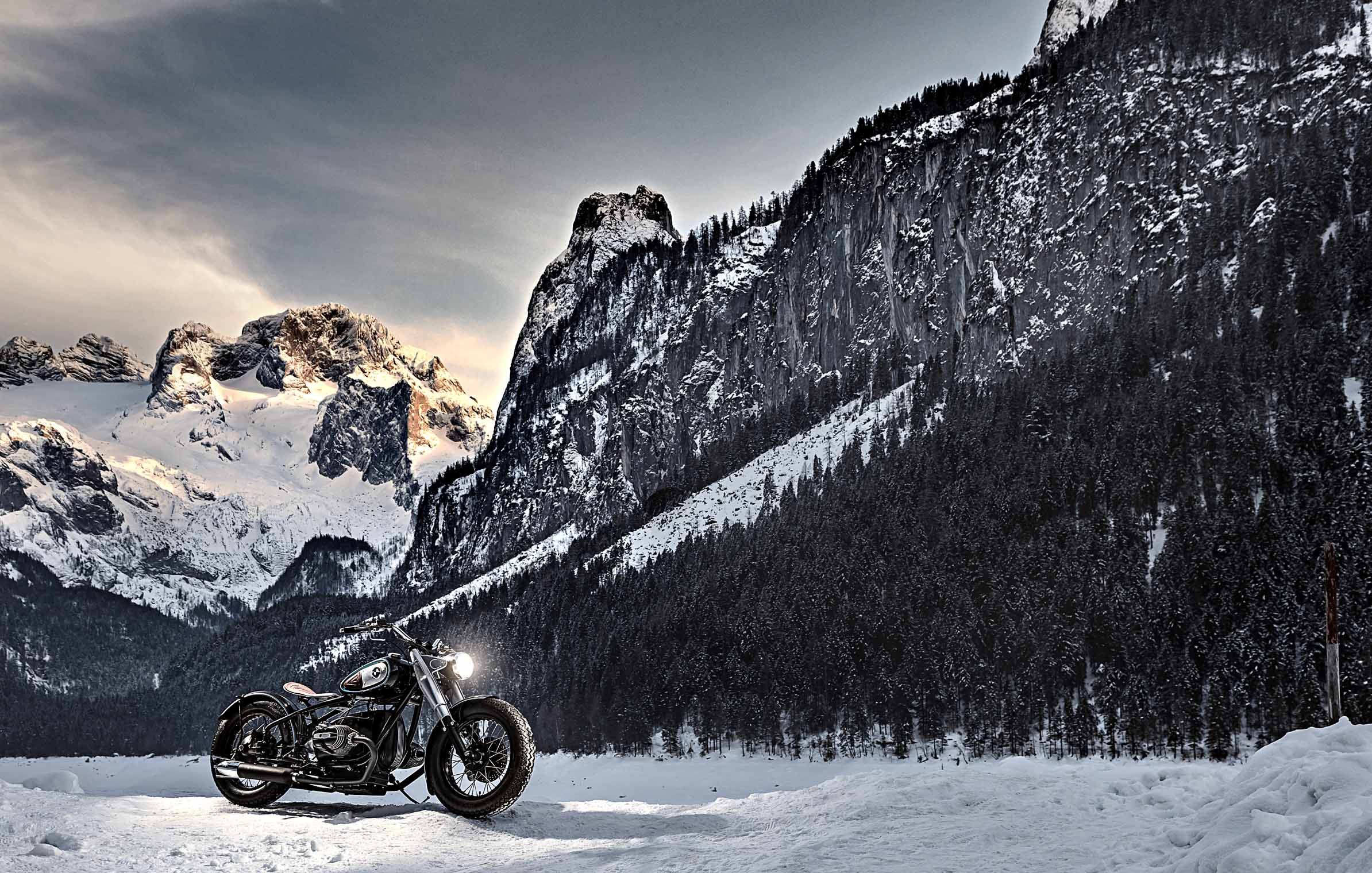 BMW_bobber_custom_motorcycle_lake_mountains_austria_dachstein2
