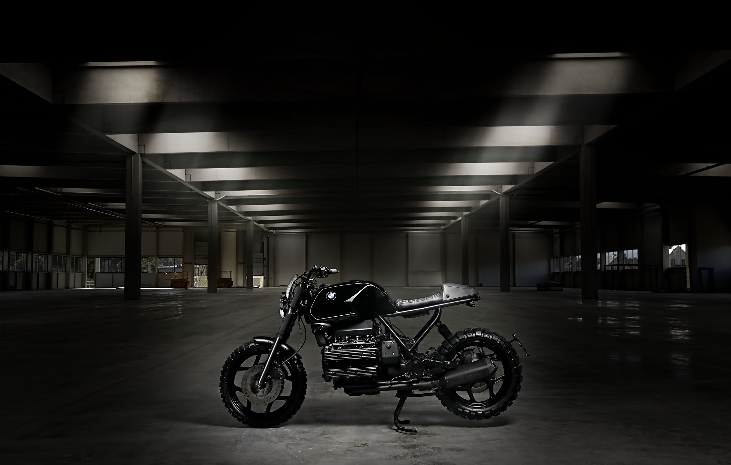 black_scrambler_bmw_titan_motorcycles_custom_xaver_k100_side