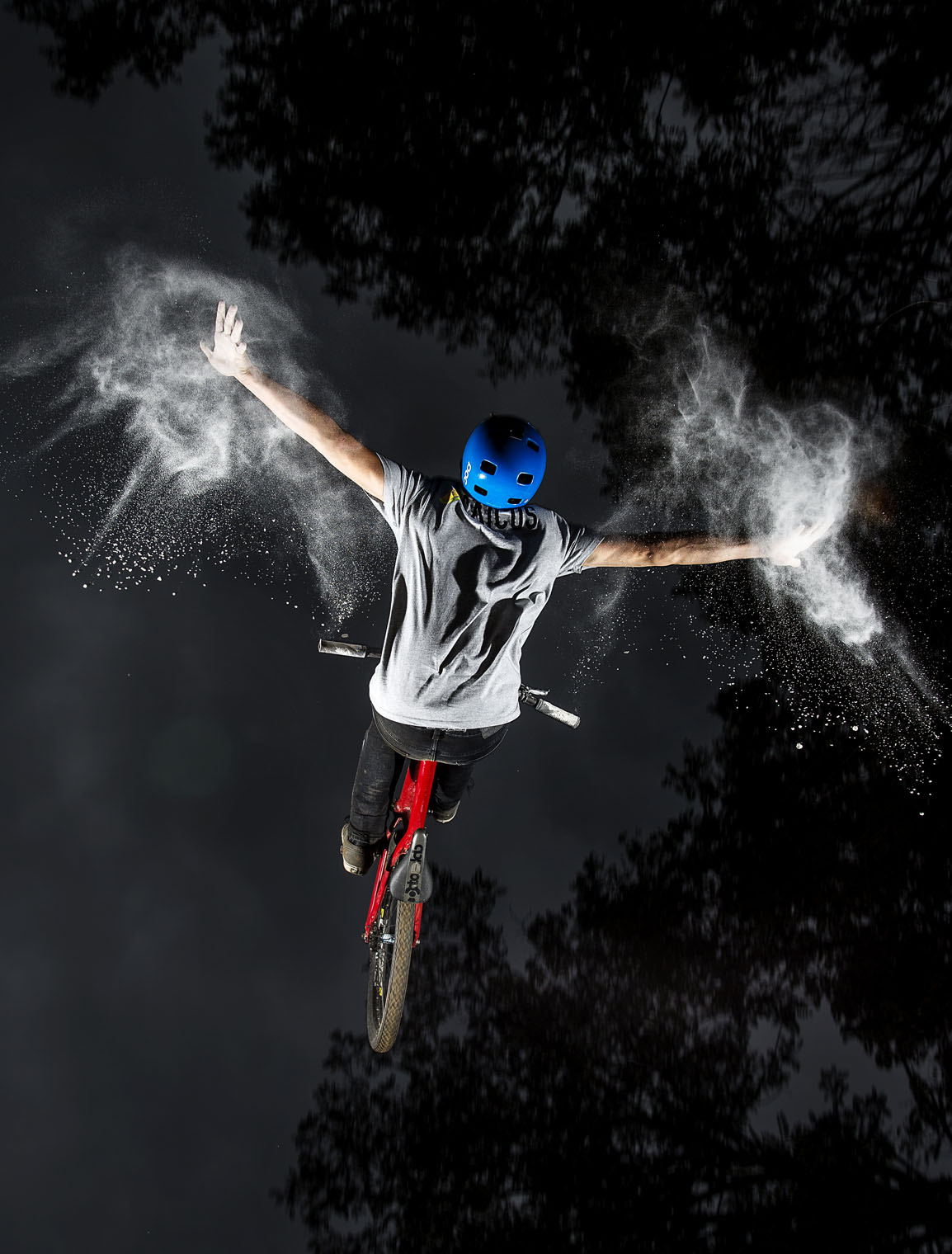 eric_walenta_backflip_tuck_nohander_flour_spray_flash