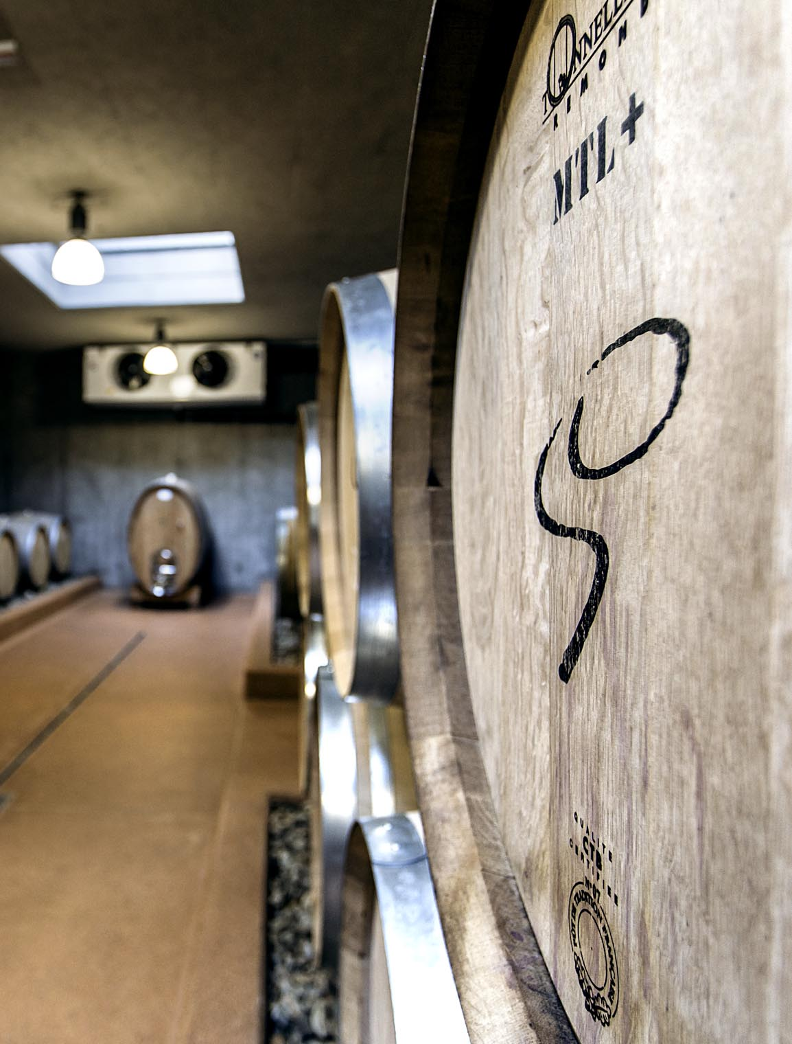 goedwinemakers_barrel_cellar_wine