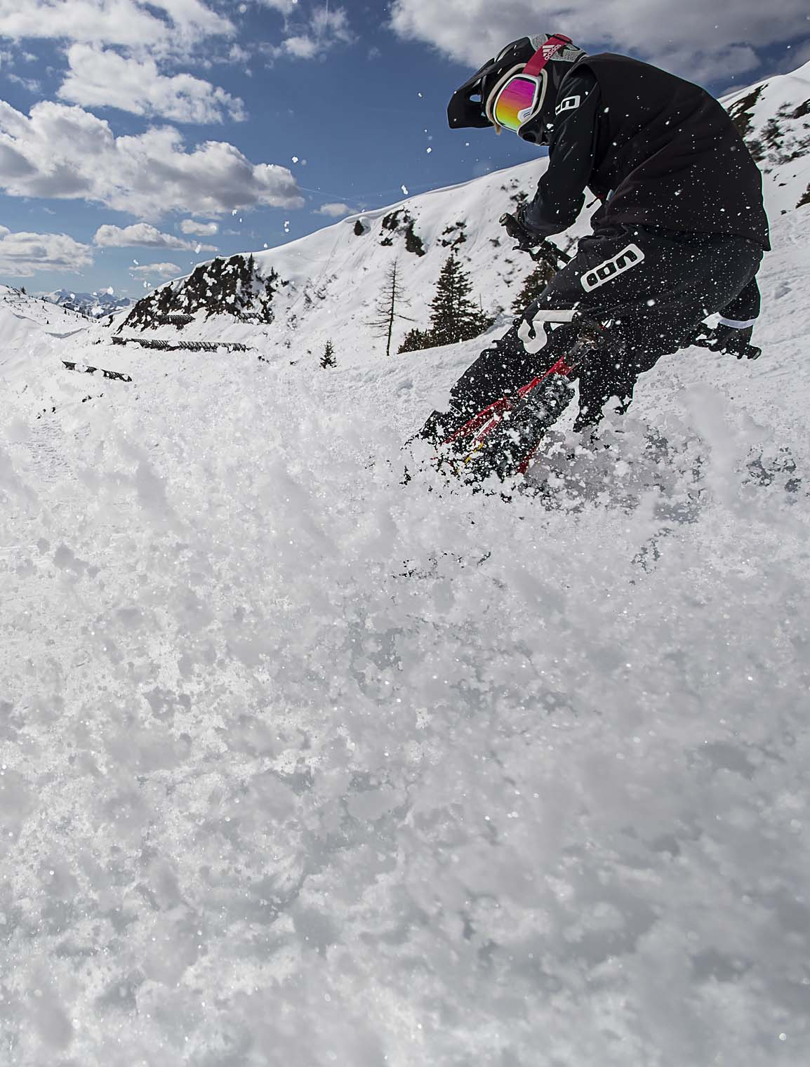 mtb_print_porn_snow_spray_wendi_hirzberger_drift
