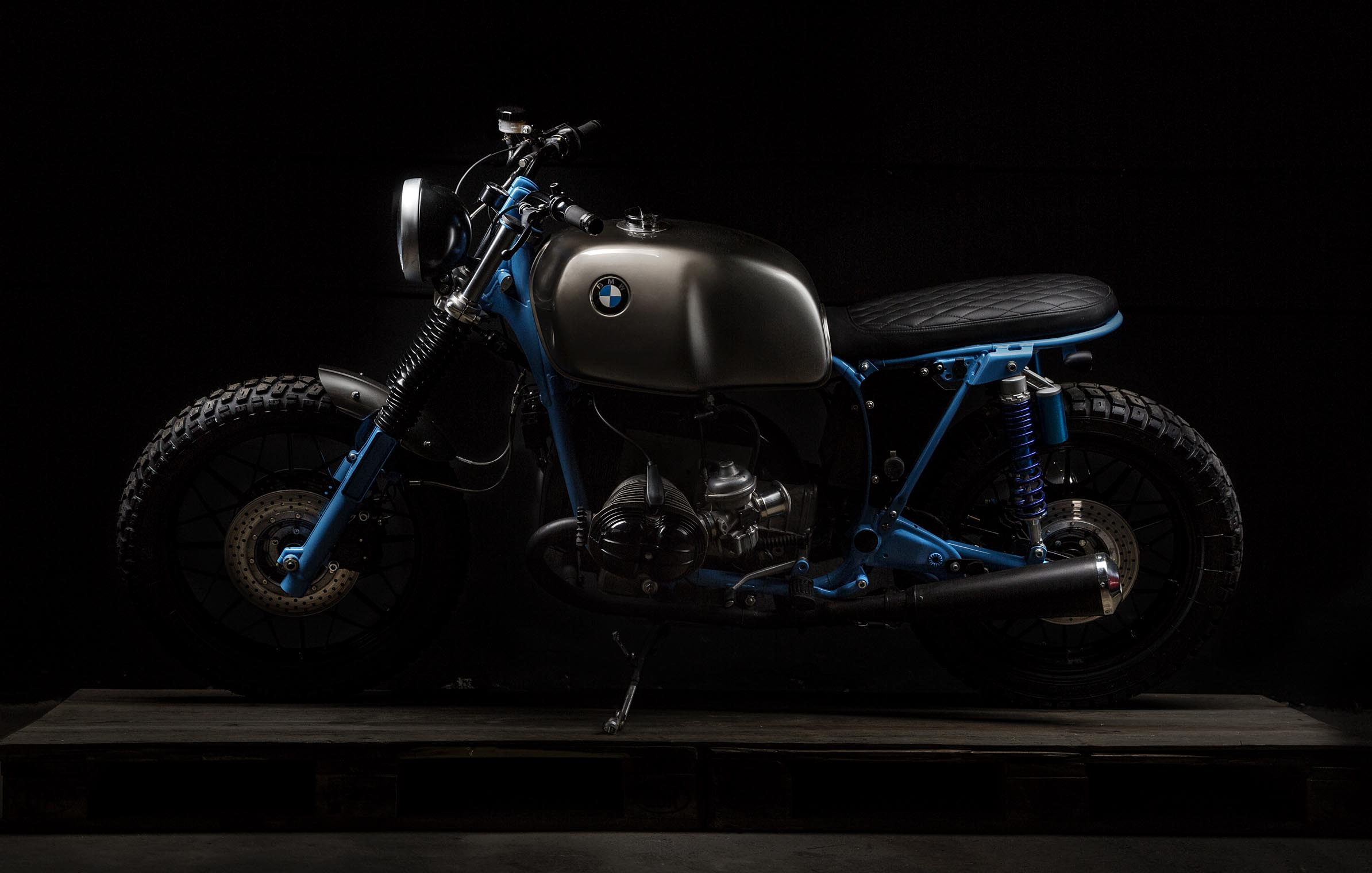 titan_motorcycles_bmw_side_shot
