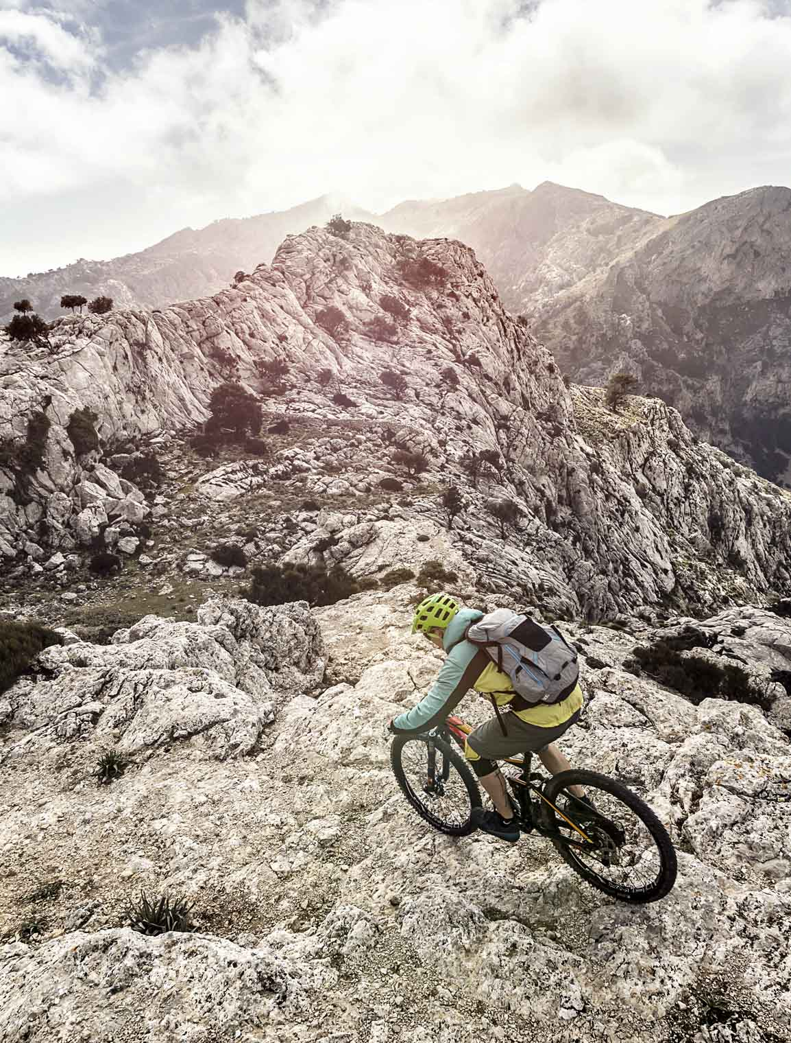 into_the_wild_bike_mountain_adventure_mallorca_riding