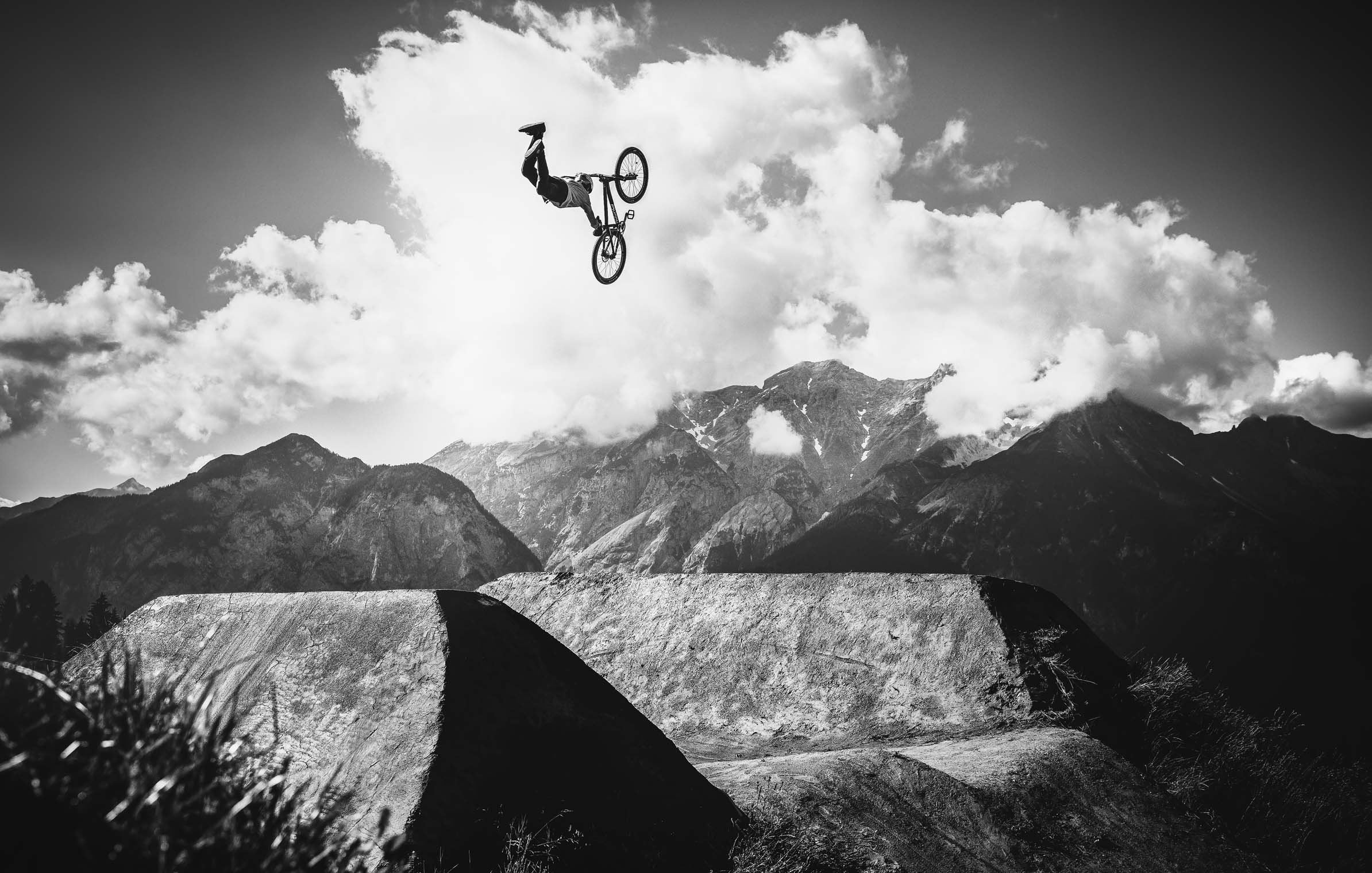 crankworx_Slopestyle_superman_art_jump_mountainbike