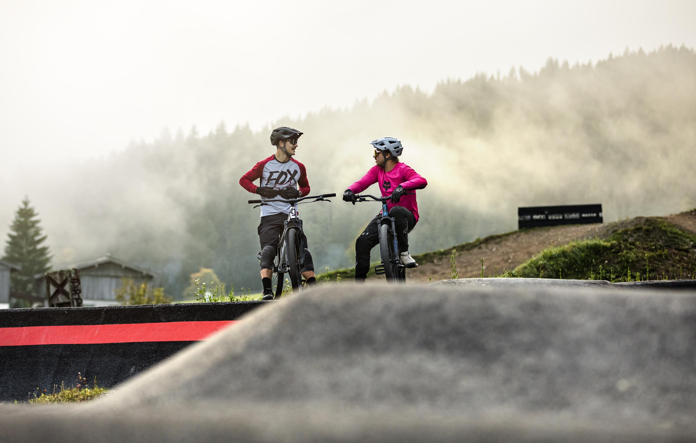 pumptrack_talk_friends_ride_leogang_saalfelden